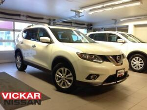 2015 Nissan Rogue SV/1 OWNER LOCAL TRADE!!!