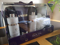 Bayliss & Harding gift set Patchoulli & Ylang Ylang skin spa aromatherapy shower & body