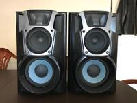 Pair of Technics 160 watt 3 way speakers EXCELLENT CONDITION