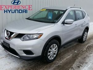 2015 Nissan Rogue S ALL WHEEL DRVE   LOW KMs   FACTORY WARRANTY