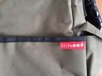 Skiphop changing bag dark green