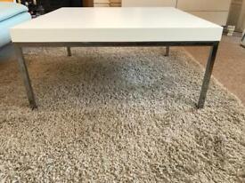 IKEA KLUBBO - coffee table - used