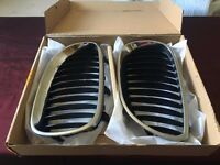 enuine BMW e60 front kidney grills pair