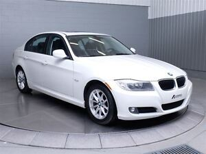 2011 BMW 323 i MAGS TOIT CUIR West Island Greater Montréal image 3