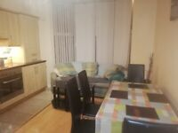 Furnished 2 bedroom ground floor apartment to let near Queens University