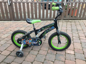 Child's Ben Ten Bicycle with Stabilisers, Helmet & Pads - Suitable for up to 5 years