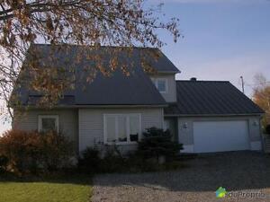 299 999$ - Maison 2 étages à vendre à St-Hyacinthe