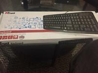 Trust usb keyboard brand new