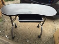 SALON STEAMER, NAIL TABLE, SELF TAN & VARIOUS PRODUCTS QUICK SALE!!