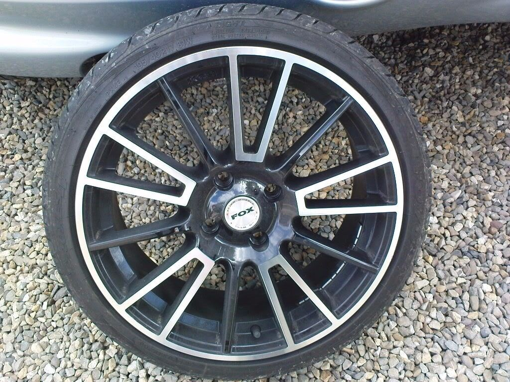 fox 4 stud alloys x4 with mint 2x 195 45 16 tyres in mint. Black Bedroom Furniture Sets. Home Design Ideas