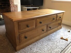 Trunk/ chest/ drawers pine