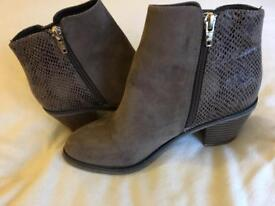 Ladies River Island Ankle Boots Size 3