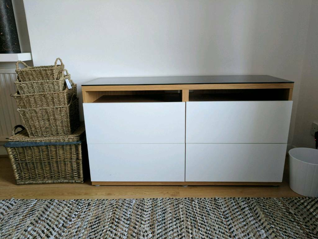 Ikea Besta Tv Bench With Drawers And Glass Top In Clapham  # Meuble Bas Tele Ikea