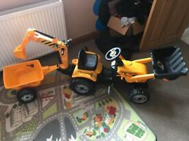 Smoby ride along digger and trailer