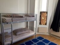 ROOM SHARE FOR £100 PER WEEK IN SHEPHERDS BUSH £50 DEPPSIT