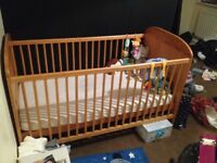 Baby weaver cot/Cotbed