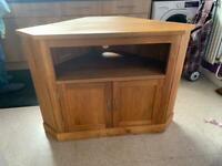 Solid oak corner tv cabinet - barker and stonehouse
