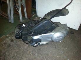 piaggio vespa LX 125 ENGINE
