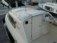 shetland 536 fishing cabin boat 18ft trailer and outboard engine 60 hp Johnson