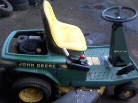 JOHN DEERE RIDE ON LAWNMOWER, MODEL SRX75, KEY START