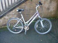 Ladies large frame hybrid bicycle good condition