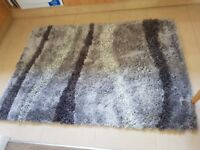 Lovely Grey/silver 3 tone rug - used but in good condition size 120 cm x 170 cm for sale