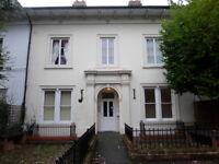 2 bedroom flat in Penn Road, Penn, Wolverhampton, West Midlands, WV3