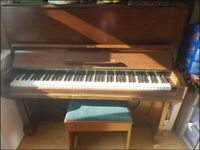 PIANO - MAKE AN OFFER - Keen for this to leave home