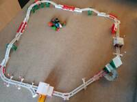 Thomas Trackmaster Holiday Cargo Delivery Set