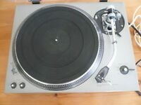 TECHNICS SL 150 DIRECT DRIVE TURNTABLE WITH SME 3009 ARM.