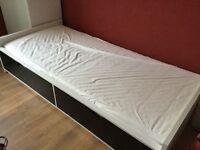 Single bed, slatted bedbase, foam mattress