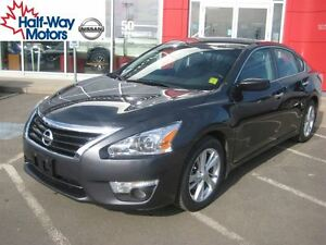 2013 Nissan Altima 2.5 SV | Sleek & Surprising!