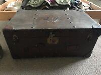 Vintage trunk - originated from Warwick