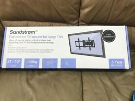 Tv mount full motion Up to 70 inch. Brand new