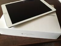 iPad Pro 32gb wifi plus 4G. 9.7 inch in white and silver. As new in Box.