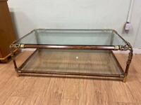 Curvasa muebles Hollywood regancy style coffee table