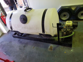Honda mobile pressure washer with 200 gallon tank
