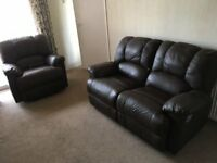 NEW DFS REAL LEATHER RECLINER SUITE CAN DELIVER FREEE