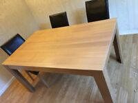 Oak vaneer dinning table and chairs