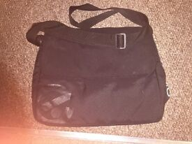 Black oyster baby bag