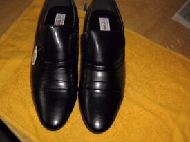 pair of black cuban heel ankle shoes brand new & boxed