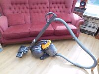 DYSON DC 28C EXCELLENT CONDITION AND STRONG SUCTION ITEM IS CLEAN INSIDE AND OUTSIDE