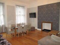 Holiday / Short Term /Baker St / central London/ A very spacious 2 bedroom apartment,sleeps 4 – 6