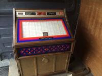 1980 DUKE BOX HOLDS 160 SINGLE RECORDS GOOD WORKING ORDER