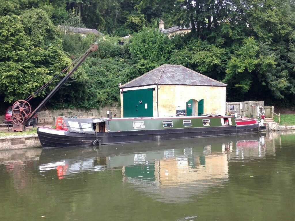 Narrowboat - Historic - live aboard
