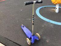 Mini micro Blue scooter