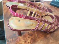 Burgundy/red medium heel size 7