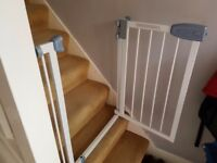 Two Tippitoes safety gates