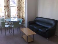 2 Double Bedroom Flat in Heart of North Finchley N12 available for rent.