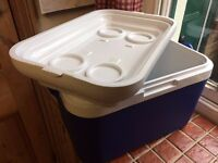Insulated Cool Box with carrying handle, 22 litre, ideal for travel and camping